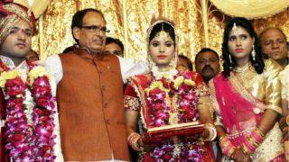शहीद रमाशंकर की बेटी की शादी में पहुंचकर शिवराज ने निभाया पिता का फर्ज