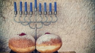 Happy Hanukkah 2016: Here's the ultimate guide to a traditional Chanukah feast