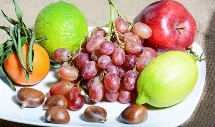 healthy fruits for skin what fruits are in season