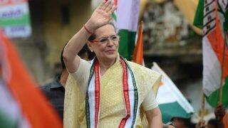 Sonia Gandhi Officially Hands Over Congress Charge to Rahul Gandhi, Says Blatant Personal Attacks Made Him Stronger