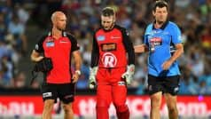 Peter Nevill hit by Brad Hodge's bat on face during Big Bash League match, watch video