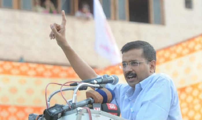 Poll panel orders FIR against Arvind Kejriwal over bribery remarks