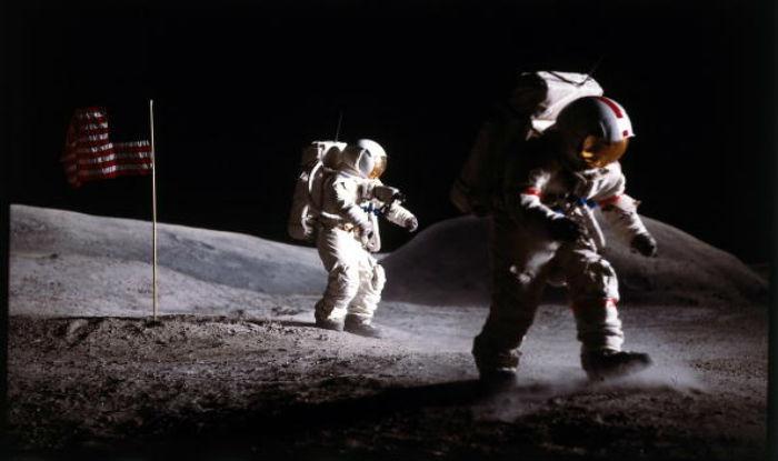 astronauts who walked on moon - photo #13