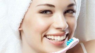 क्या दांत सफेद कर सकता है टूथपेस्ट? जानें दांतों से जुड़े हर सवाल का जवाब...