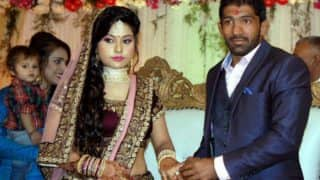 Yogeshwar Dutt takes Re 1 as dowry from wife Sheetal's family! Indian wrestler is trending for all the right reasons