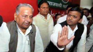 Akhilesh Yadav Counters 'Pariwarwad' Charges, to Contest 2019 Lok Sabha Elections From Kannauj; Mulayam Singh From Mainpuri