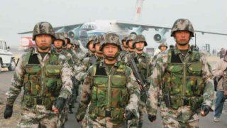 डोकलाम में 100 मीटर पीछे हटने को तैयार चीनी सेना, पर भारत के तेवर सख्त!