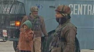 CRPF jawans brave bone-chilling weather conditions in Jammu and Kashmir