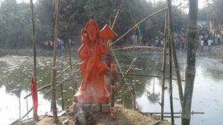 हनुमान मंदिर तोड़ने की अफवाह से आपस में भिड़े दो गुट, जमकर हुआ पथराव