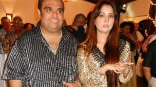 Oh no! Is Yuvraj Singh's ex girlfriend Kim Sharma having an extra marital affair? (See pics)