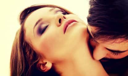 Neck kissing tips: 5 ways to kiss your girl's neck like a pro and turn her on instantly!