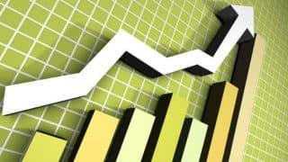 Nifty Inches Closer to 10,000-Mark, Sensex Over 200 Points up