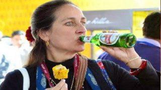 बॉलीवुड के इस फेमस कपूर की बेटी ने सरेआम पी बियर, तस्वीर हुई वायरल