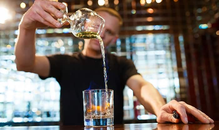 Top 10 strongest Alcoholic Drinks of the World: From Absinthe to Everclear and beyond!