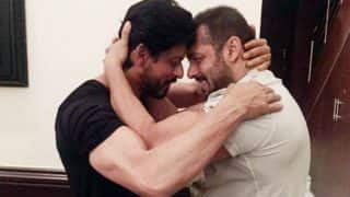 Bigg Boss 10: Raees actor Shah Rukh Khan heads to Lonavala to shoot with Salman Khan, shares picture on Twitter!