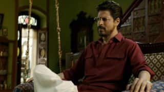 Raees song Dhingana: Watch the bold and fearless avatar of bootlegger Shah Rukh Khan!