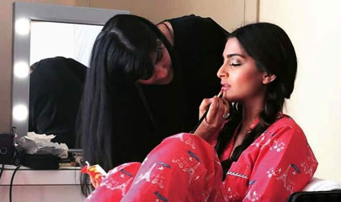 Makeup tips for oily skin: 6 tips to make your makeup last longer on oily skin