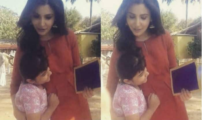 Anushka Sharma Impressed With Child Artist Singing Jag Ghoomeya From Sultan Watch Video