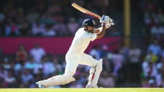 Nathan Lyon scalps 8/50, India Vs Australia 2017, 2nd Test Day 1 Highlights