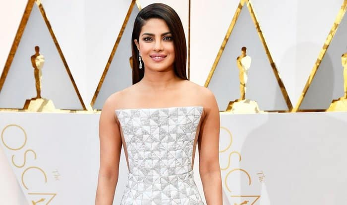 Oscar Awards 2017 LIVE Twitter Updates: Priyanka Chopra walks the red carpet!