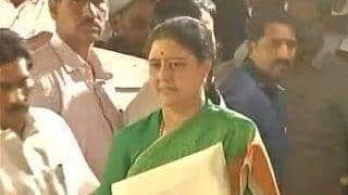 Sasikala Natarajan writes to Governor Vidyasagar Rao, questions delay in her oath taking ceremony [Read Letter]