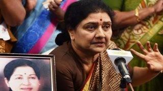 Chennai: Income Tax Department Raids Sasikala, Her Relatives' Properties at Poes Garden