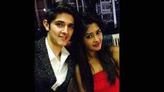 Bigg Boss 10 contestant Rohan Mehra proves he is a true gentleman, lashes out at girlfriend Kanchi Singh's haters