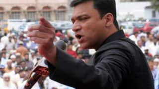 BMC Elections 2017: Akbaruddin Owaisi drawing larger crowds in poll-bound Mumbai than Devendra Fadnavis or Uddhav Thackeray