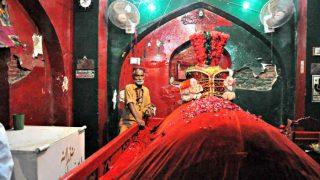 लाल शाहबाज कलंदर की दरगाह पर हिंदू भी जाते थे जियारत करने, जानें कहानी...