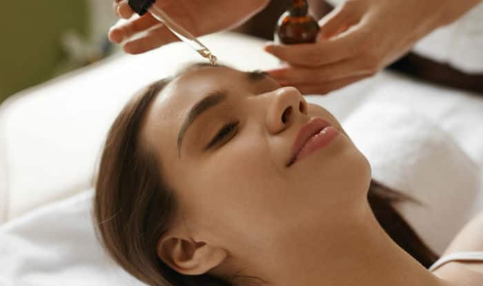 5 Ways to use facial oil with your daily beauty products to get flawless skin!