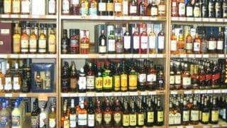 Maharashtra Government Plans to Relax Liquor Norms; Over 3,100 Liquor Shops to Reopen Along Highways Soon