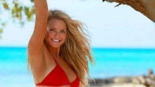 63-year-old model Christie Brinkley looks awesome in swimsuit! See Sports Illustrated pictures