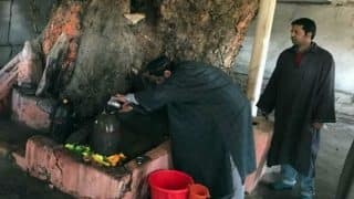 J&K: Muslims celebrate Shivratri in Bandipore, ask Kashmiri Pandits to return back