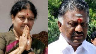 Tamil Nadu Slugfest Live News Updates: Sasikala meets Governor, stakes claim to form government