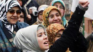 अब तुर्की की महिला सैन्य अधिकारी पहन पाएंगी हिजाब