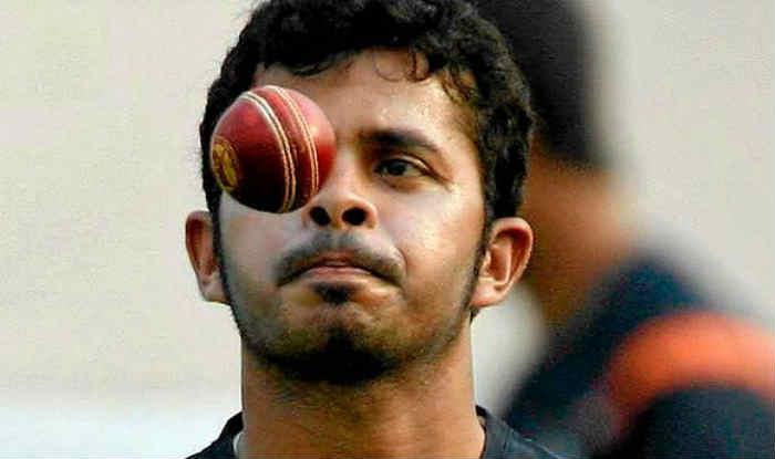 श्रीसंत ने कहा है कि वह बीसीसीआई की रोक के बावजूद फिर से खेलेंगे (File photo)