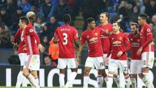 Manchester United beat Leicester City to close in on top four