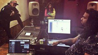 Ranveer Singh LEAKS his look for Zoya Akhtar's Gully Boy? View pic