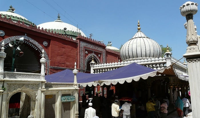 Pakistan says it's trying to locate missing Nizamuddin Dargah priests