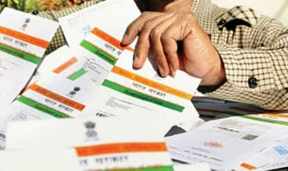 Aadhar to be mandatory for filing I-T return, PAN application