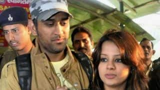 MS Dhoni's Aadhar Card details leaked! Sakshi Dhoni expresses disappointment on Twitter to Ravi Shankar Prasad