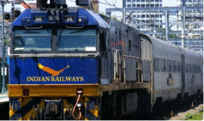 Railways ministry issues rate list for meals after complaints