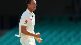 Injury Scare For Australia as Josh Hazlewood Leaves Field With Sore Side in Dhaka Test