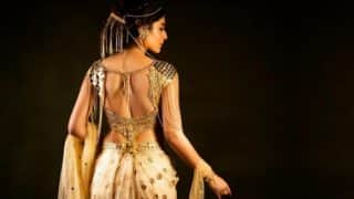 Kritika Kamra looks every bit royal in first episode of Chandrakanta and Twitter can't stop crushing over her!