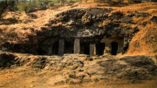 70 साल बाद एलीफेंटा गुफाओं में पहुंची बिजली, समुद्र के नीचे बिछाई गईं केबल्स