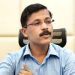 Tukaram Munde, Navi Mumbai Municipal Commissioner transferred to Pune; CM bows down to pressure