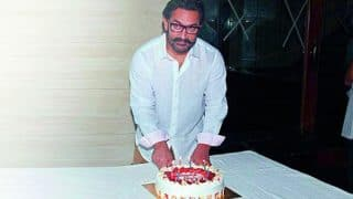 Aamir Khan cutting cake with son Azad and Imran Khan's daughter Imara is truly adorable (see pic)