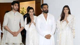 Akshay Kumar, Farah Khan, Anupam Kher and more attend Suniel Shetty's father's chautha! (See pics inside)