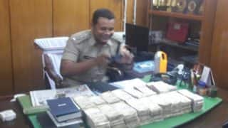 Kolkata: 5 arrested while trying to get Rs 51 lakhs in demonetised currency exchanged