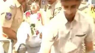Former Congress MP V Hanumantha Rao carried away, detained by Police for protesting over FIR against him [Watch Video]